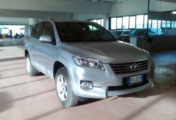 Toyota Rav 4 2.2 150 cv