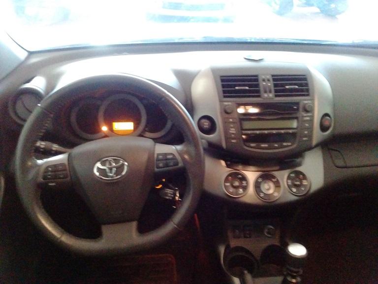 Toyota Rav 4 (10)