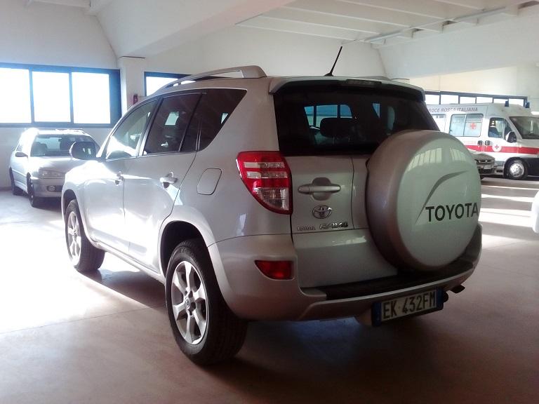 Toyota Rav 4 (6)