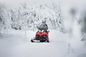 2019 motoslitte Adventure Lynx