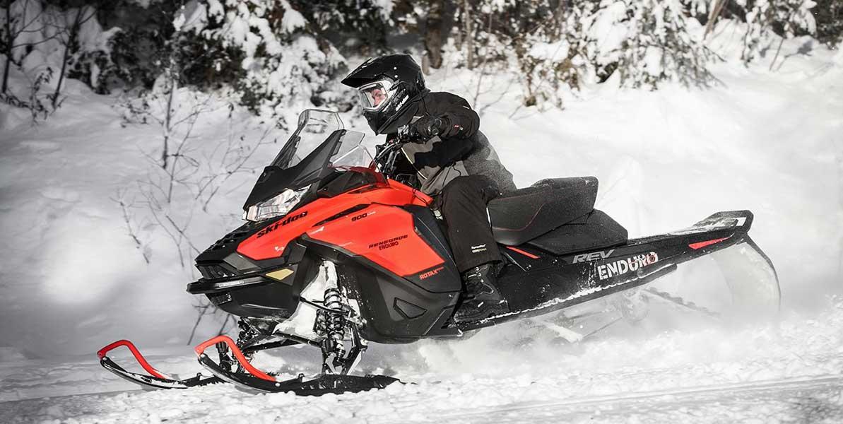 Ski-Doo Renegade 2019 motoslitte