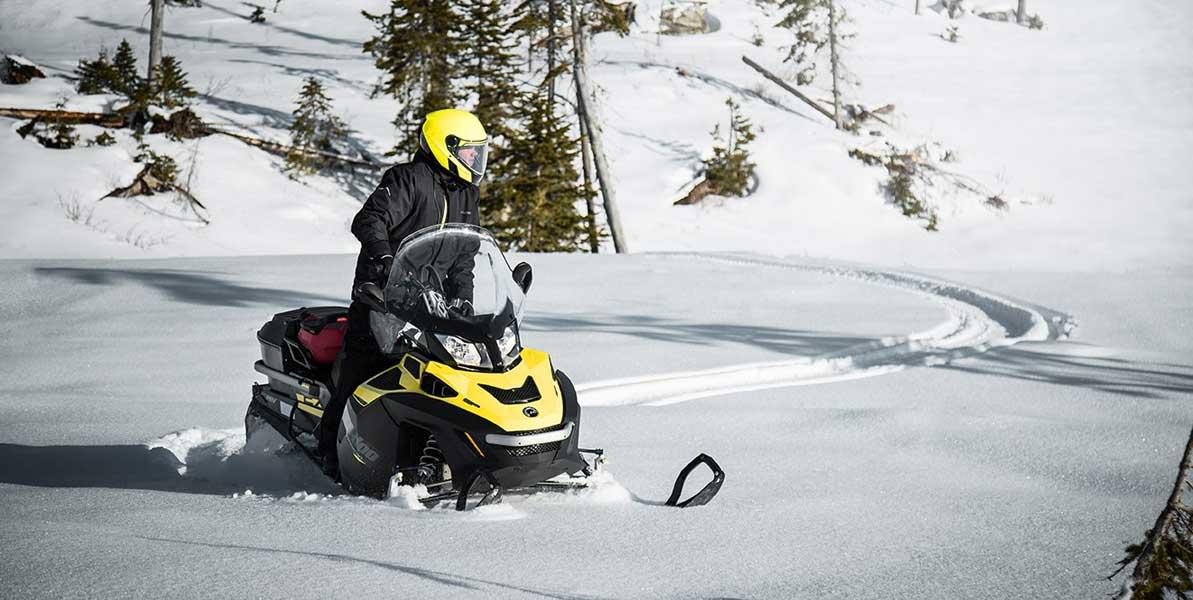 Motoslitta su neve - Rivenditore motoslitte ski doo Torino