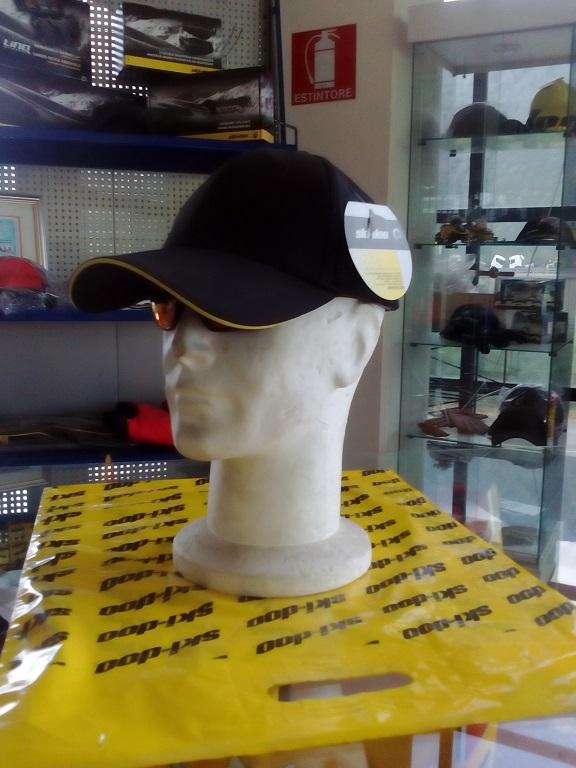 emmeti 4x4 abbigliamento skidoo val di susa cappellino nero bordo giallo (1)