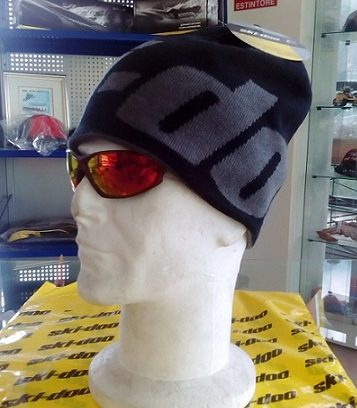 Reversable Beanie Black