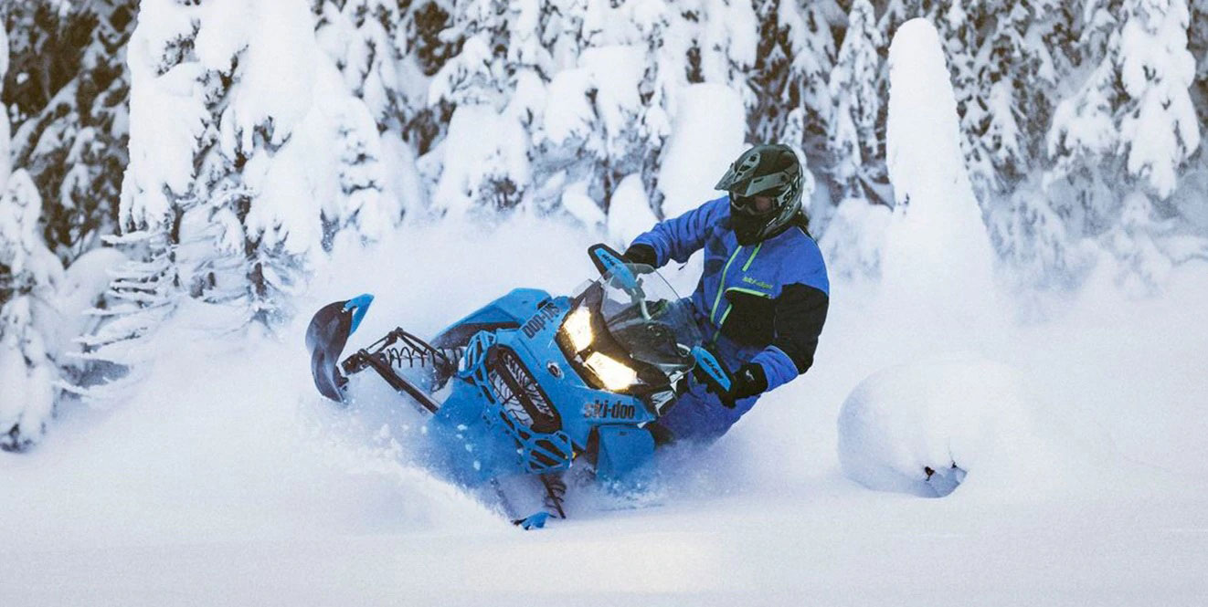 Backcountry-X-RS-ski-doo