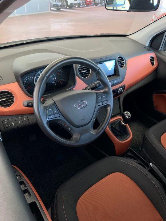 Hyundai i10 1.2 84cv Sound Edition (4)