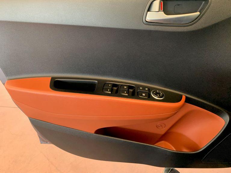 Hyundai i10 1.2 84cv Sound Edition (5)
