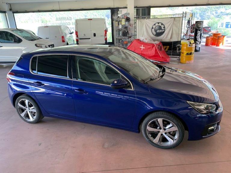 Peugeot 308 1.5 BHDi 130cv S&S Allure (1)