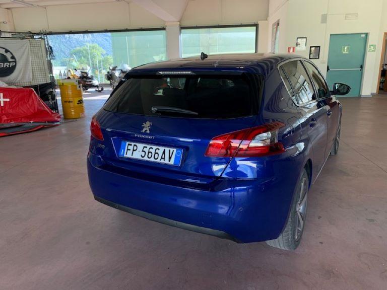 Peugeot 308 1.5 BHDi 130cv S&S Allure (3)