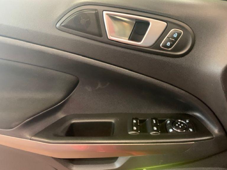 Ford Ecosport 1.0 Ecobooster 125cv S&S Titanium (11)