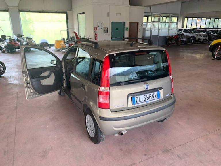 Fiat Panda 1.2 60cv (9)