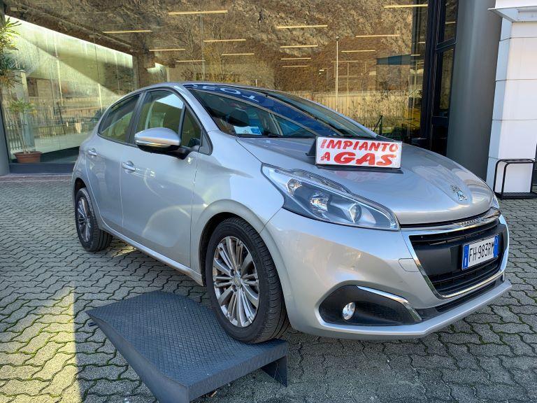 Peugeot 208 1.2 PureTech 82cv Active + GPL (2)