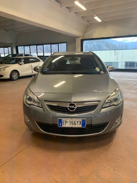 Opel Astra 1.4 Turbo 140CV Sports Tourer GPL Tech Cosmo (6)