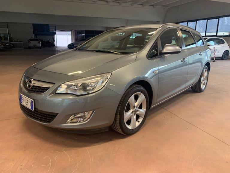 Opel Astra 1.4 Turbo 140CV Sports Tourer GPL Tech Cosmo (8)