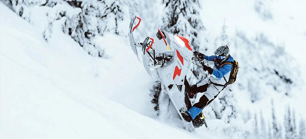 Ski-Doo-Snowbikes-Freeride