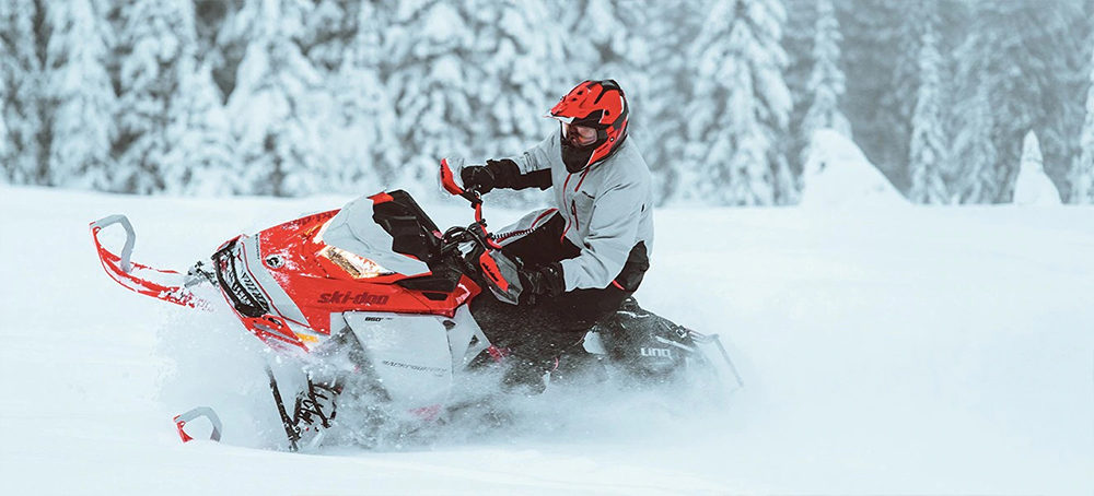 Backcountry-ski-doo