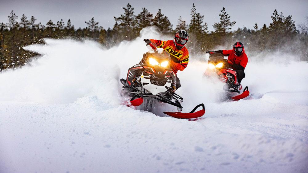 lynx-motoslitte-rave